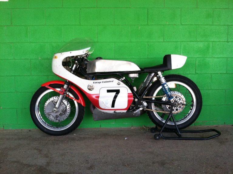Yamaha DT1 Road Racer